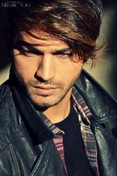 To steal a glance - Demir Kovaci (Model)