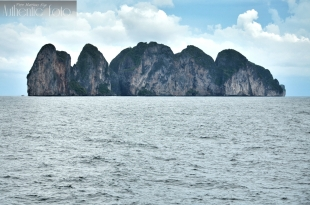 Straight view Way to koh phiphi
